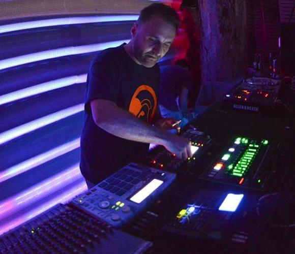 Jamming live - Steve O'Sullivan
